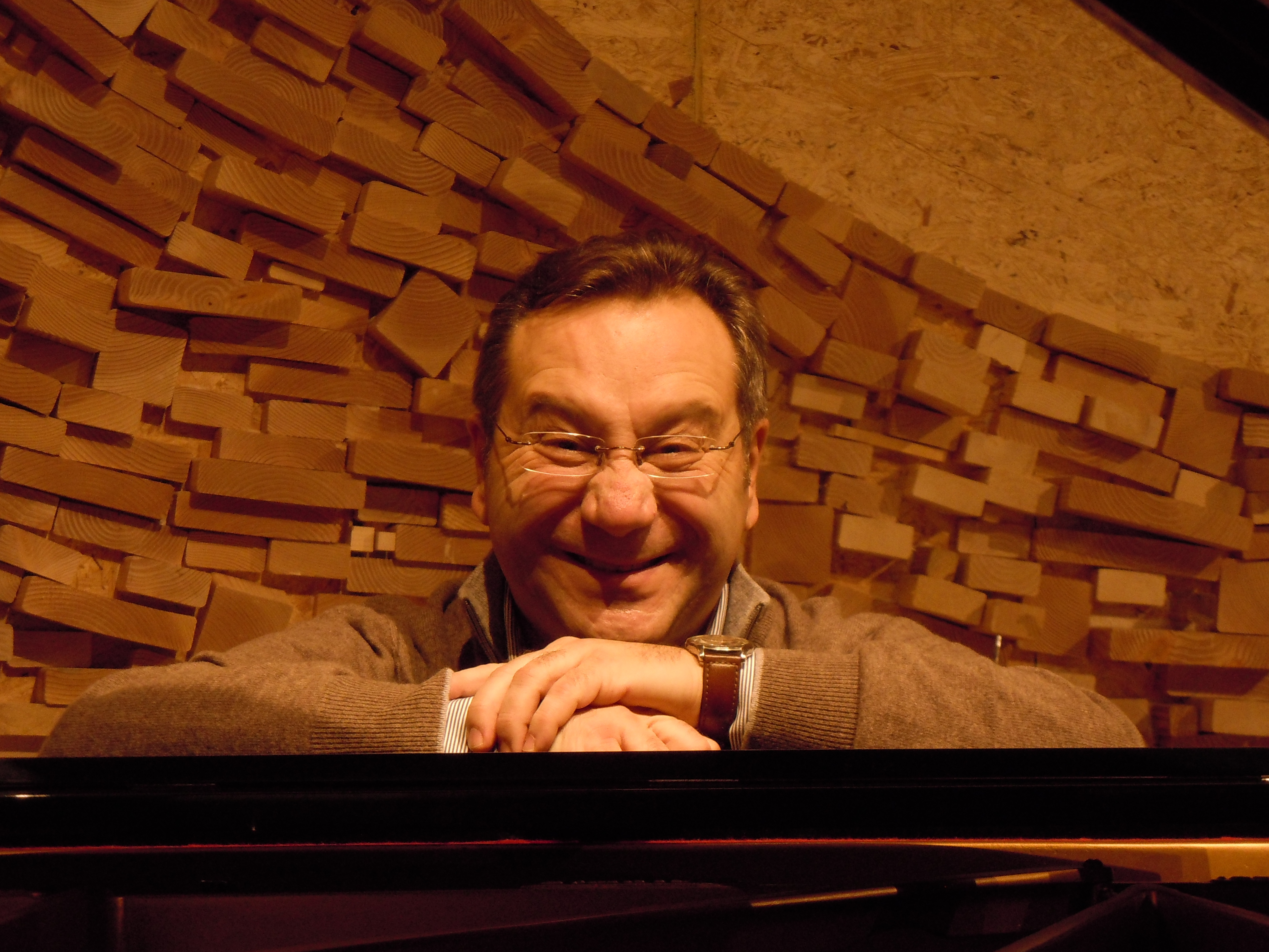 Davide Corini, Piano